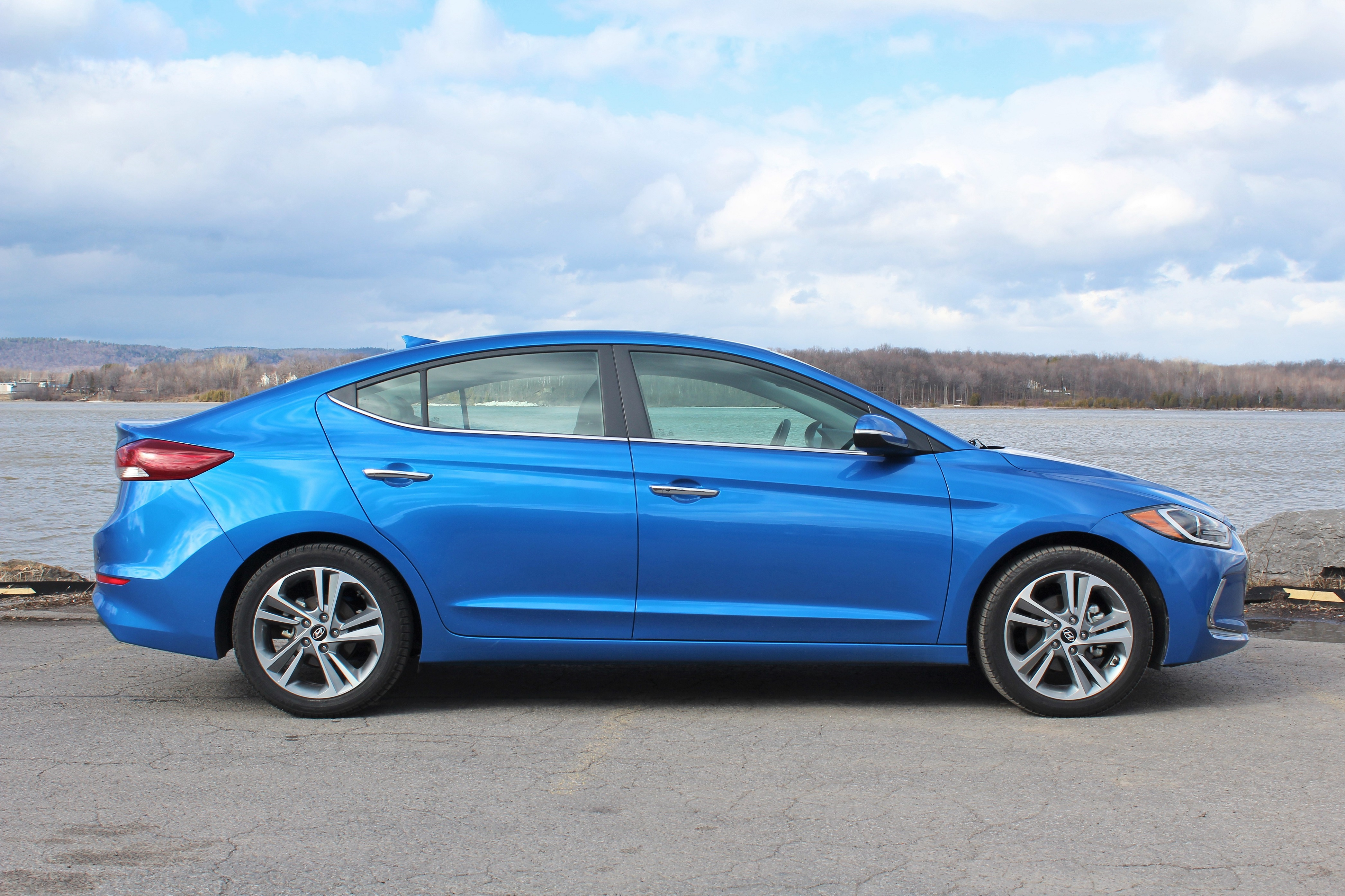 2017 Hyundai Elantra Limited Side Image 2016 Steph Willems The Truth About
