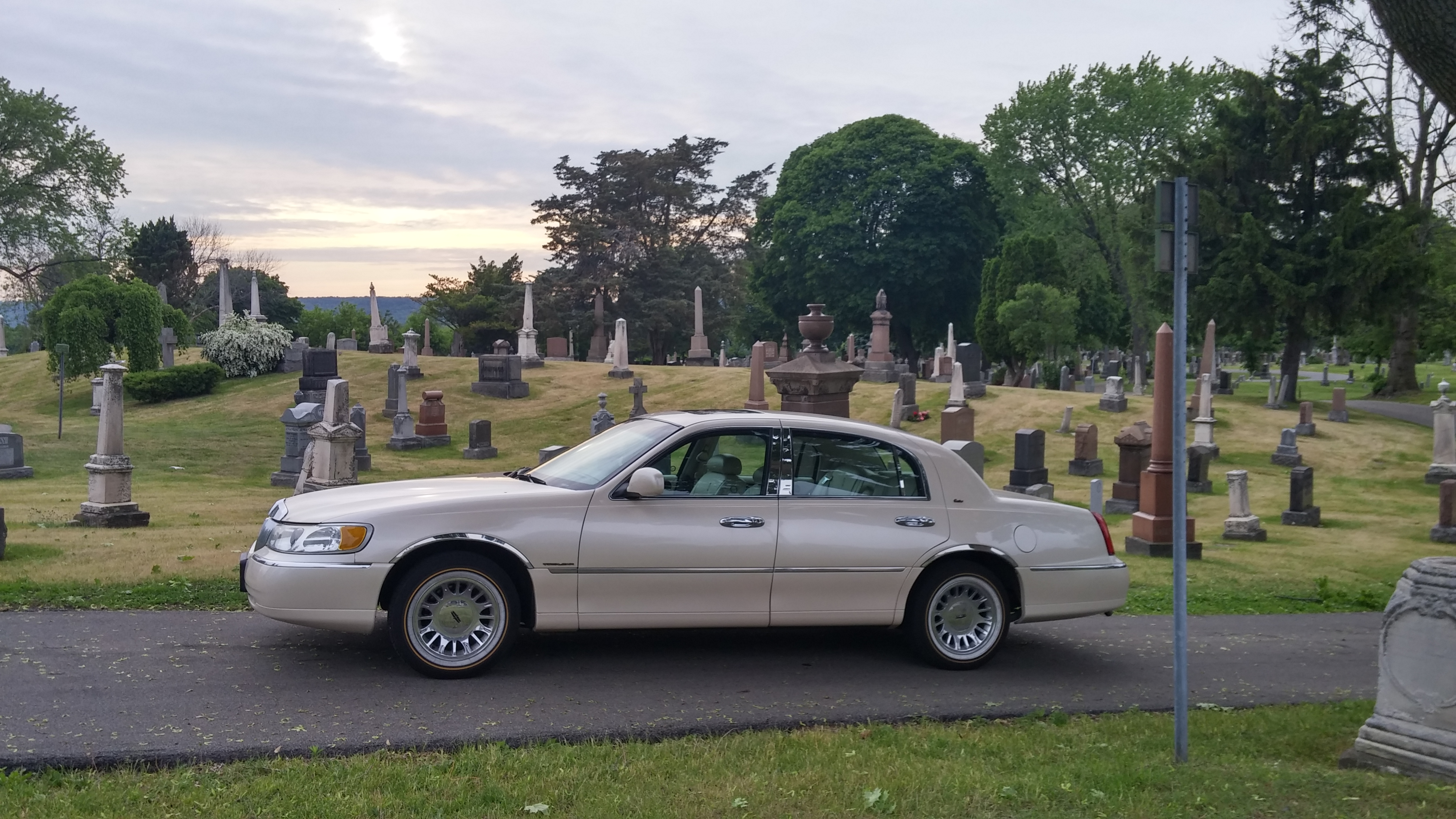 anyone and lincoln sale executive classics curbside friends for landau series car american town classic