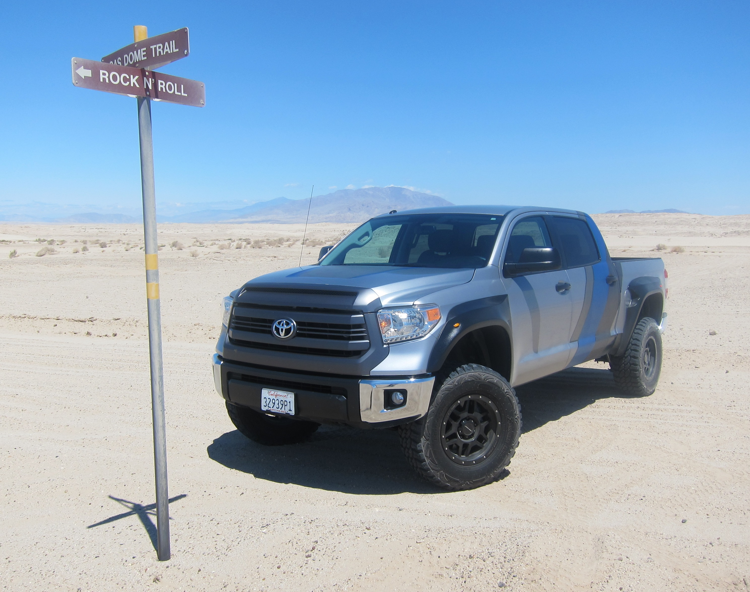 Toyota Tundra Pro Runner Off-Road Review – Japanese Raptor ...