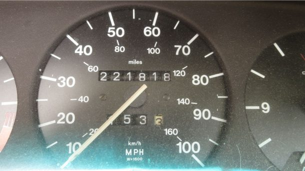 1979 Audi 500 in Colorado junkyard, speedometer - ©2016 Murilee Martin - The Truth About Cars