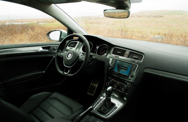 2017 Volkswagen Golf Alltrack SEL interior - Image: © Timothy Cain/The Truth About Cars