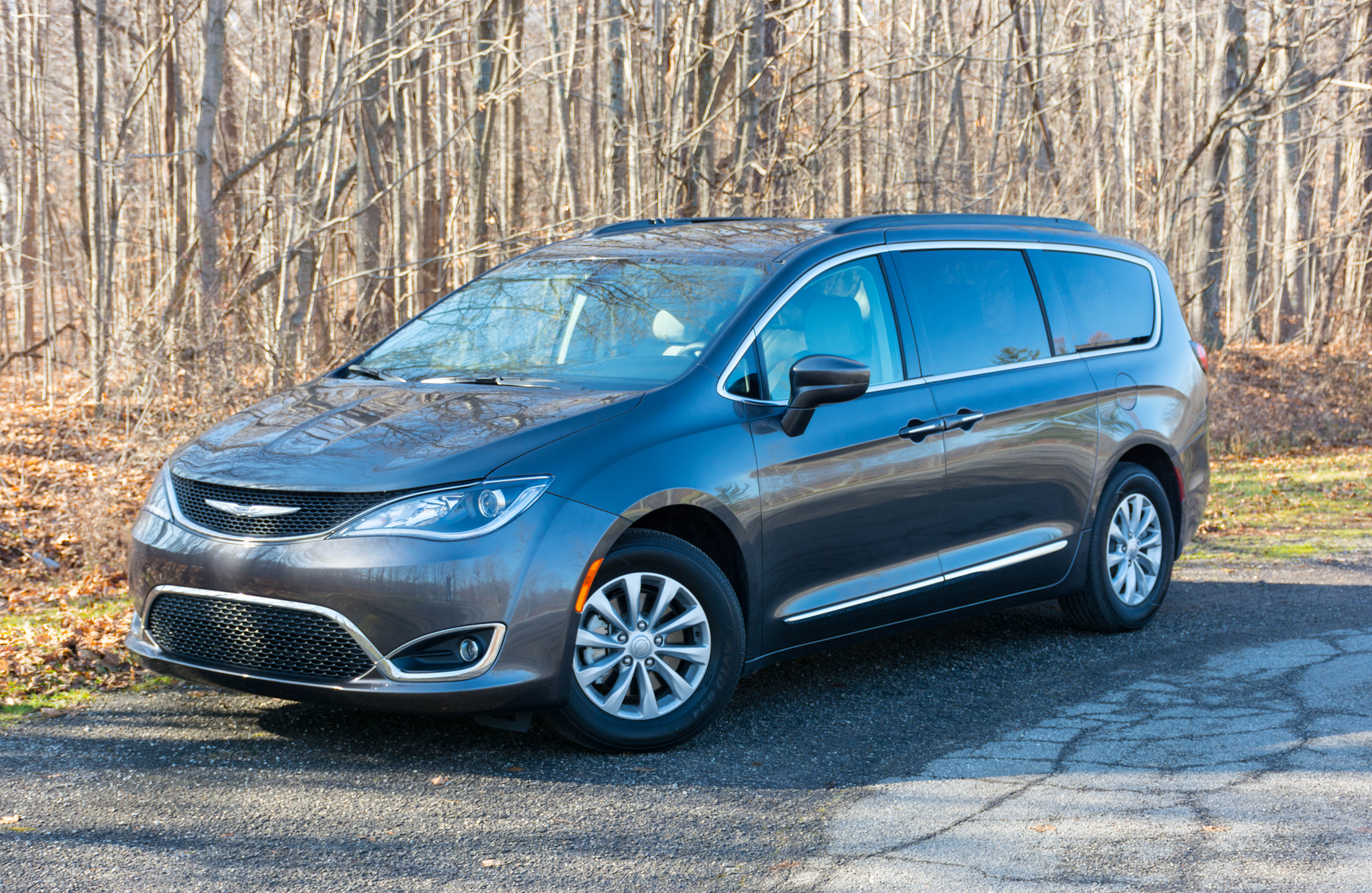 pacifica new automotive livonia canton group touring l dick mi in chrysler plymouth scott