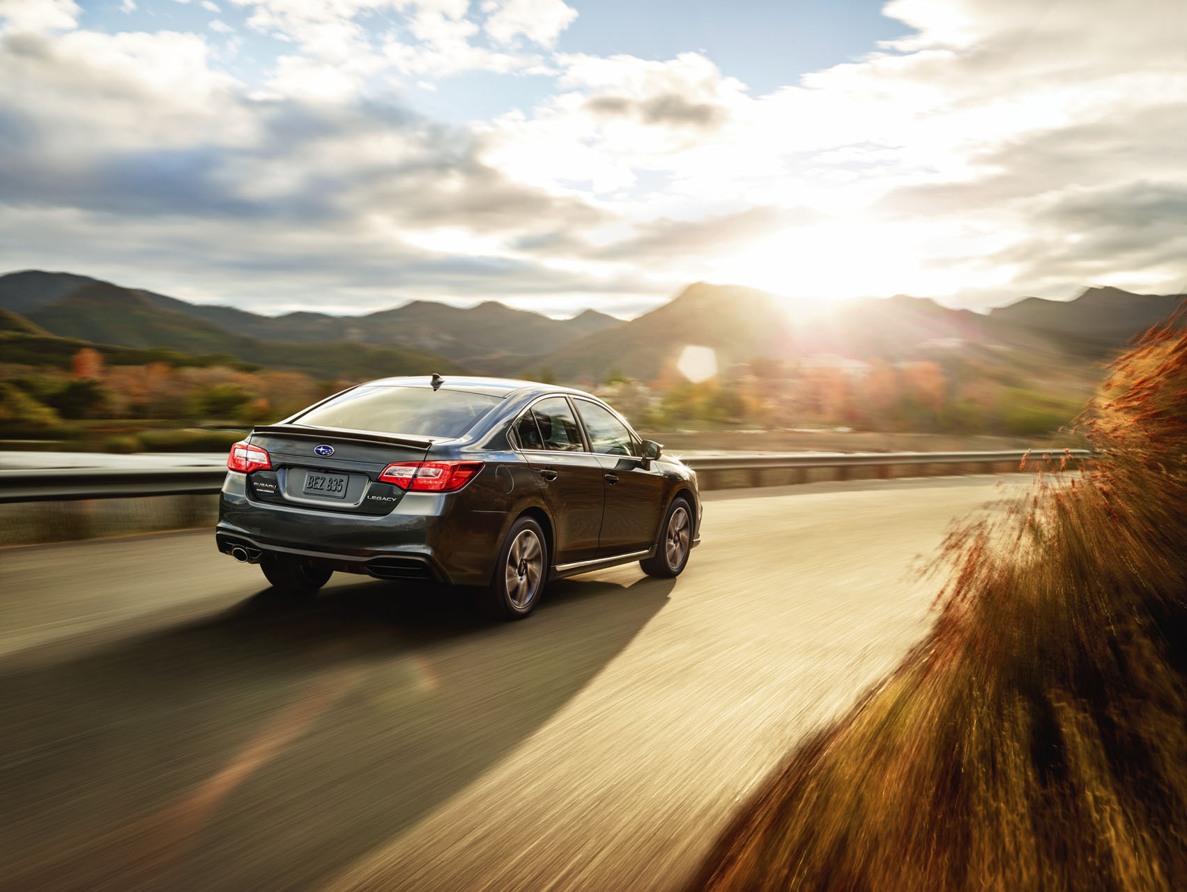 2018 Subaru Legacy Refresh is a Game of Spot the Changes The