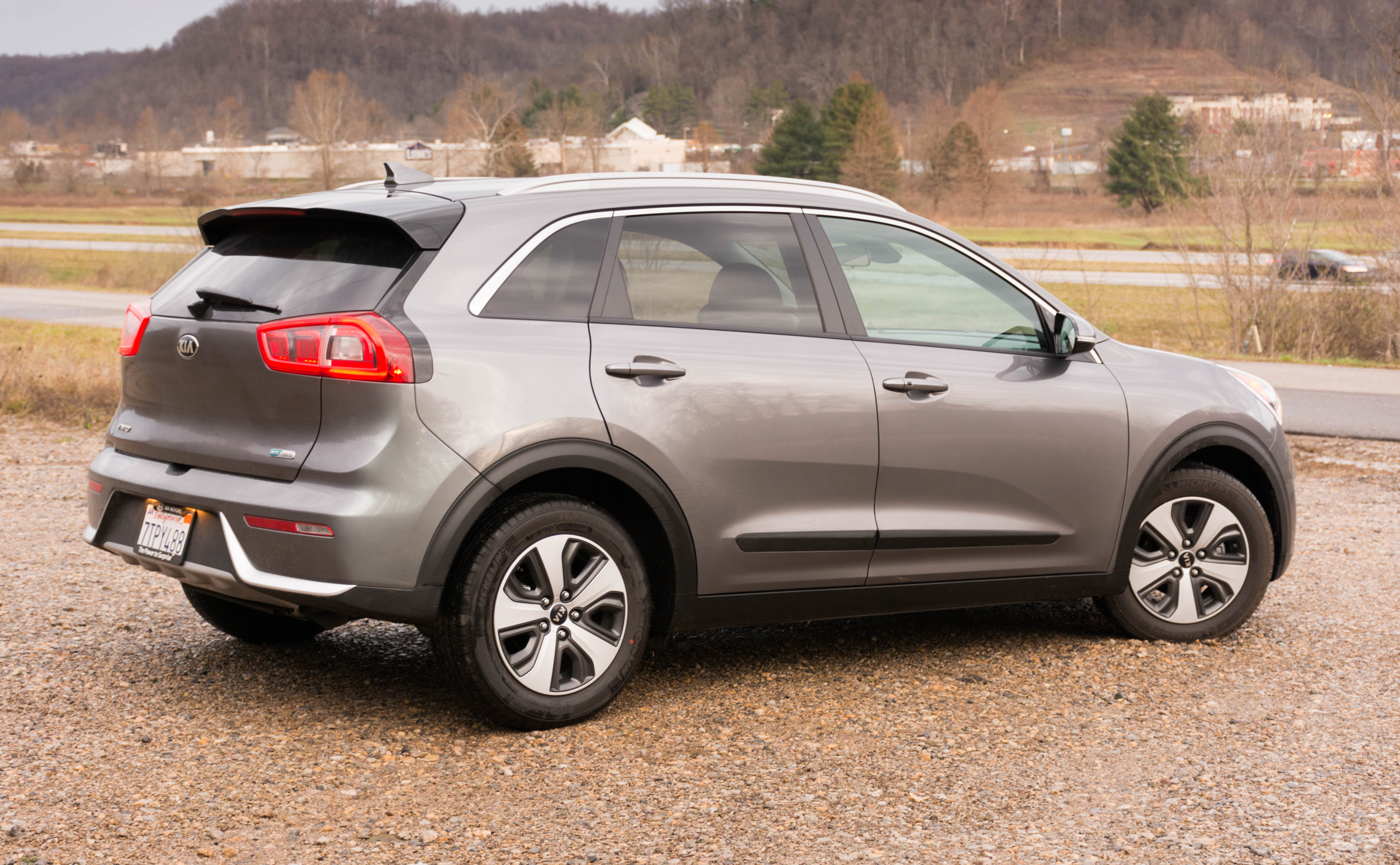 2017 kia niro ex review don t call it a hatchback. Black Bedroom Furniture Sets. Home Design Ideas