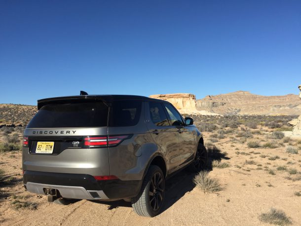 2017 Land Rover Discovery, Image: © 2017 Matthew Guy