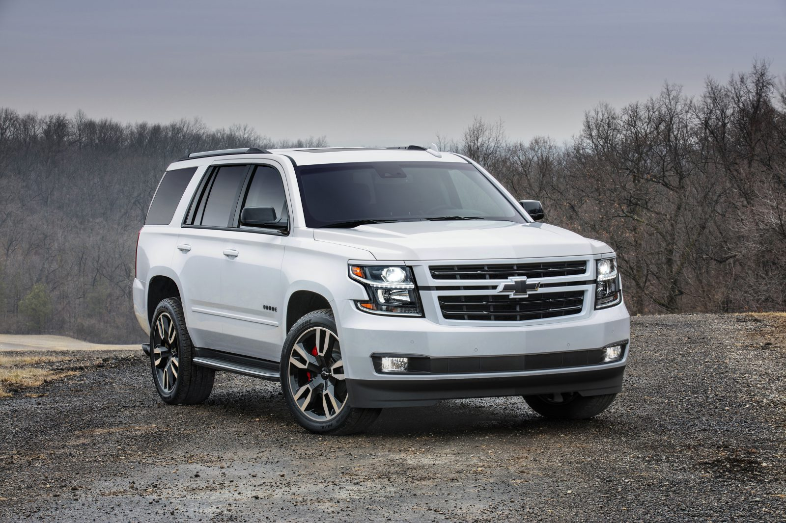 2018 chevrolet tahoe and suburban rst when bigger isn 39 t enough. Black Bedroom Furniture Sets. Home Design Ideas