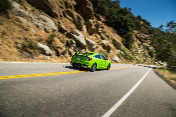2017 Honda Civic Si Coupe Green In Motion, Image: © 2017 Mark Stevenson/The Truth About Cars