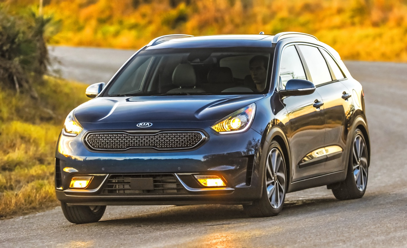 the kia niro is a hit thanks be unto ttac and the crossover hungry universe the truth about. Black Bedroom Furniture Sets. Home Design Ideas