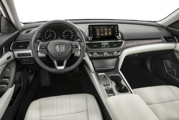 Honda Accord 2018 White >> The 2018 Honda Accord S Interior Come Together Right Now