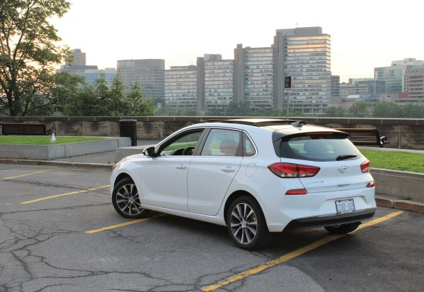 2018 hyundai elantra gt gls review wouldn t you really rather have a car the truth about cars 2018 hyundai elantra gt gls review