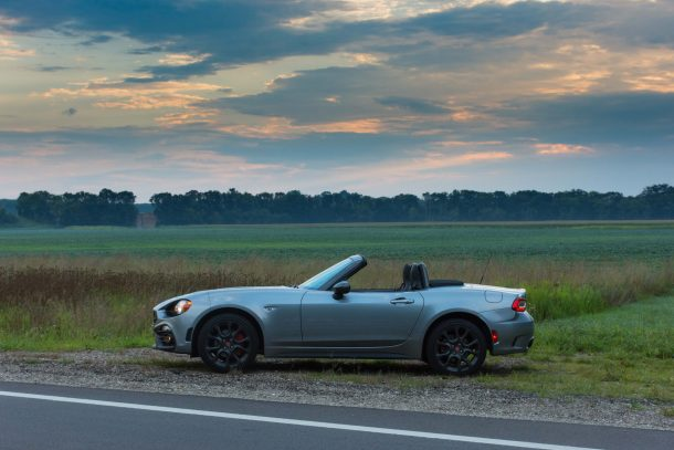 2017 Fiat 124 Spider Abarth profile