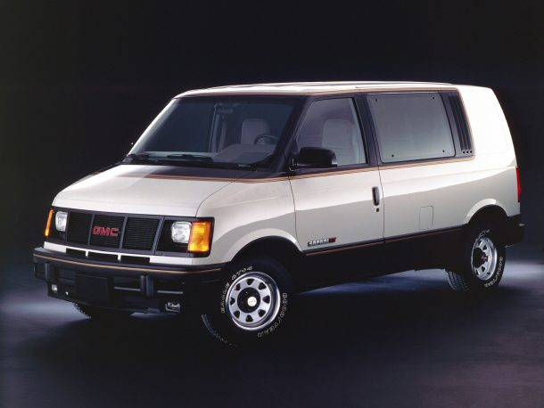 Image: GMC Safari GT