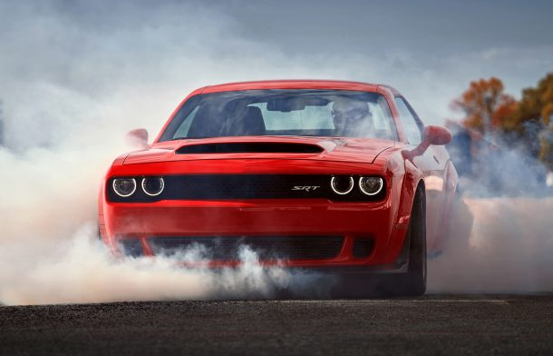 2018-dodge-challenger-srt-demon-burnout--e1532980549683-610x392 taciki.ru