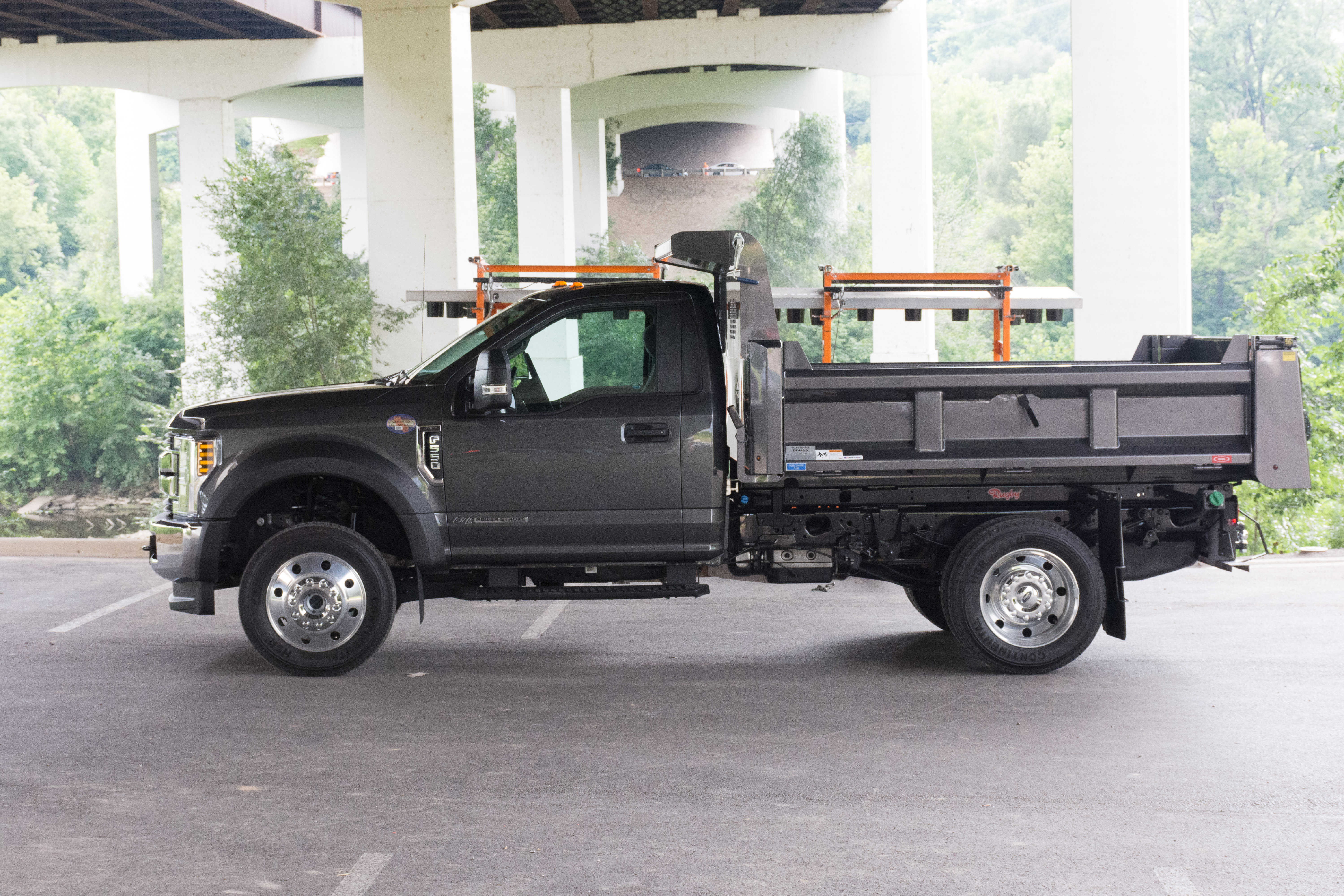 2018 Ford F-550 Super Duty Review – Put the Load Right on Me - The