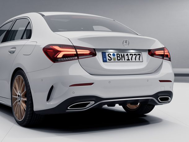 2019-A-Class-Sedan-Edition-1-rear-610x458 taciki.ru