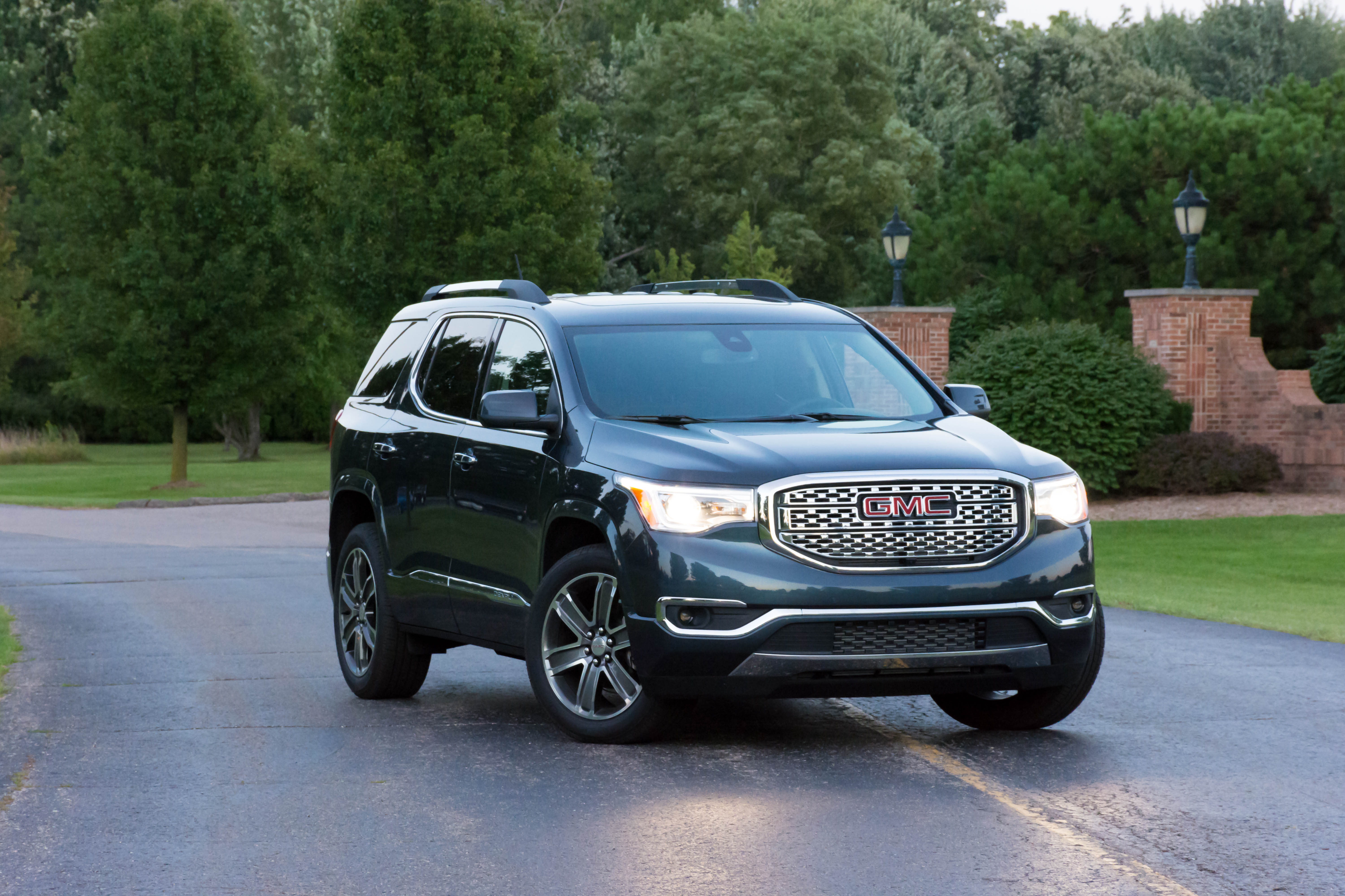 2019 Gmc Acadia Awd Denali Review Explore With Four The Truth