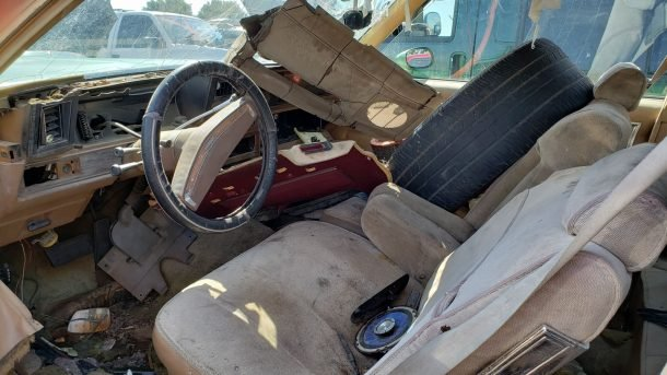 1977 Chevrolet Caprice in Colorado wrecking yard, front seats - ©2018 Murilee Martin - The Truth About Cars