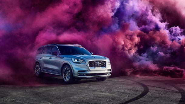 Lincoln-Aviator-Campaign_side-610x343 taciki.ru