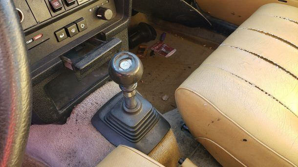 1990 Volvo 245 in Colorado junkyard, manual gearshift - ©2019 Murilee Martin - The Truth About Cars
