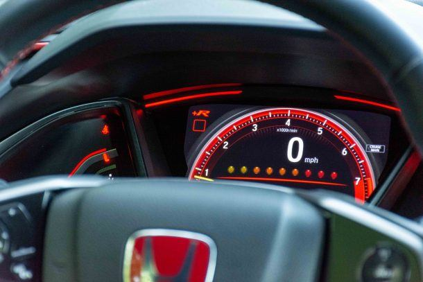 2019 Honda Civic Type R gauges