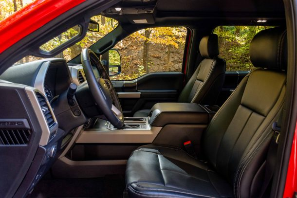 2019 Ford F150 Lariat FX4 front seats