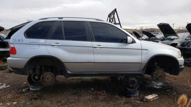 2002 BMW X5 in Colorado junkyard, RH side view - ©2020 Murilee Martin - The Truth About Cars