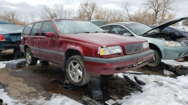 1995 Volvo 850 Turbo wagon in Colorado junkyard, RH front view - ©2020 Murilee Martin - The Truth About Cars