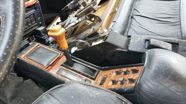 1991 Chrysler TC by Maserati in Colorado junkyard, gearshift lever - ©2021 Murilee Martin - The Truth About Cars